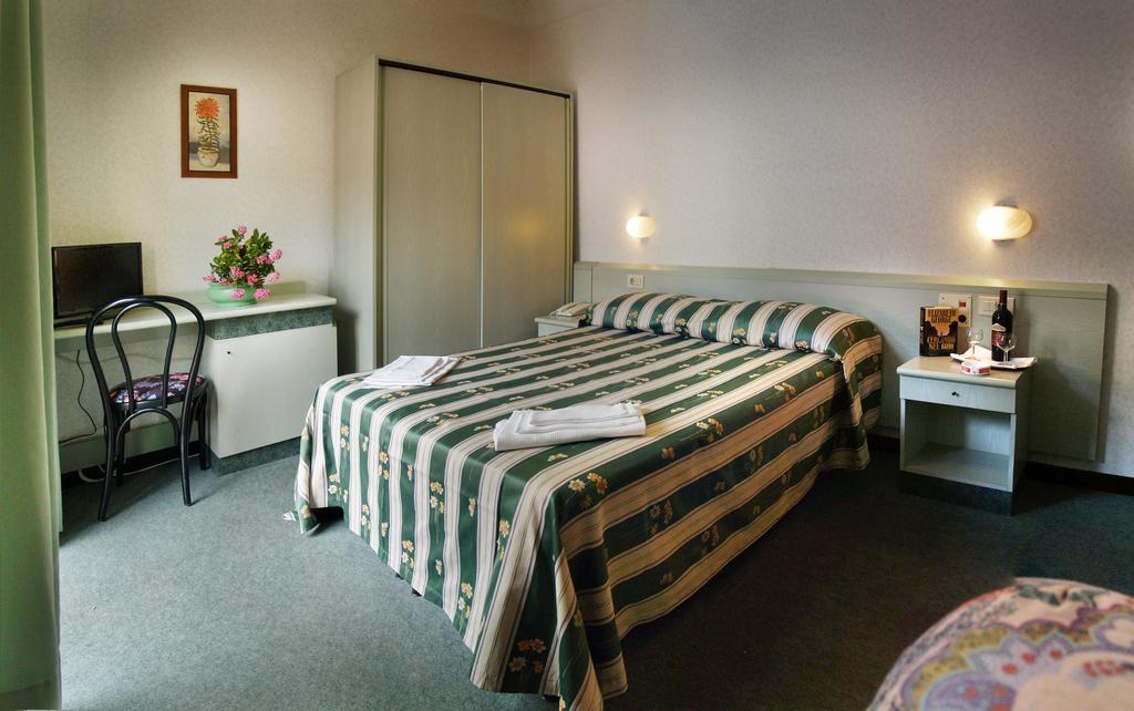 Castiglione della Pescaia Hotel vicino al Mare - Le Camere dell'Albergo Aurora